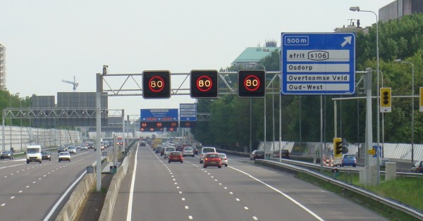 Amsterdam_Ringweg_A10_matrixborden_20090516